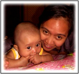mirah-gayatridewi-with-mom.jpg
